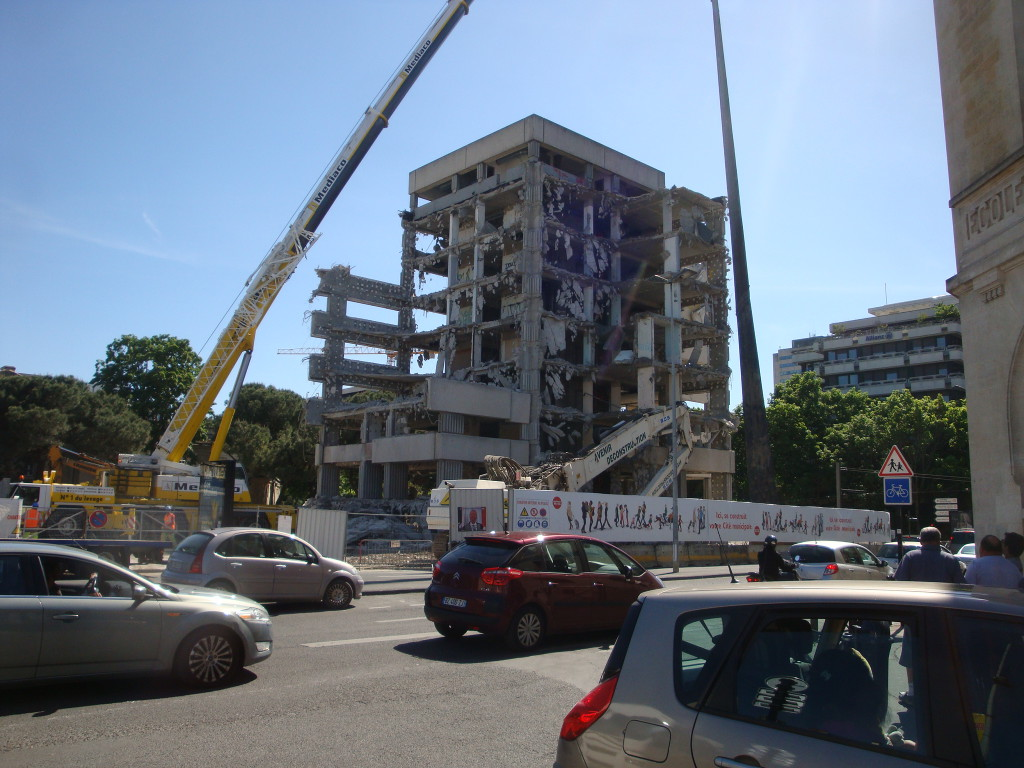 démolition Croix du Mail 16 mai 2012 064
