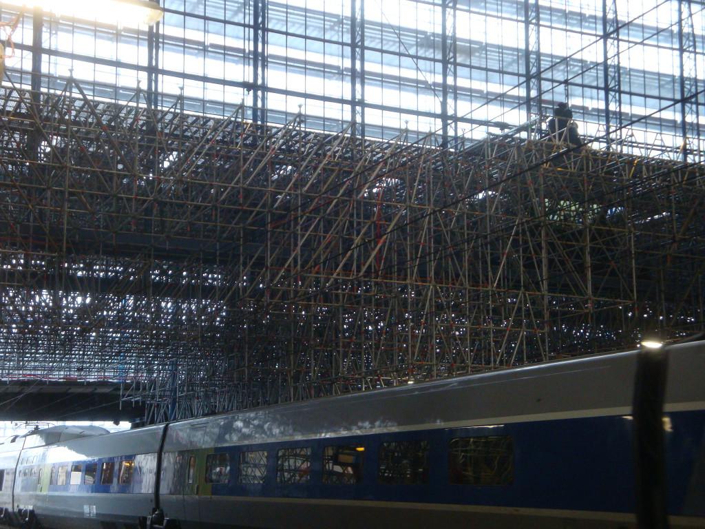 rénovation halle voyageurs st Jean 2 jan 2015 004