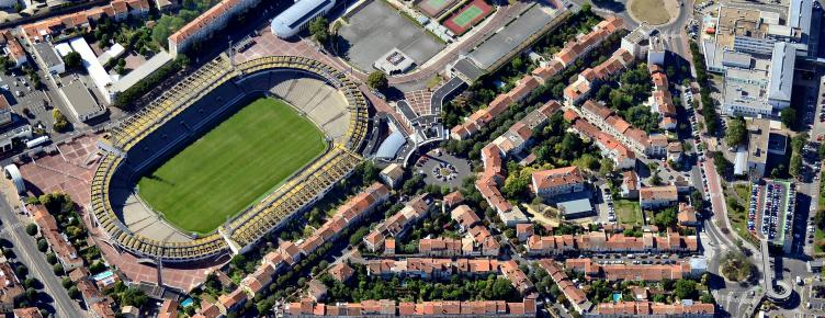 stade chaban actuel